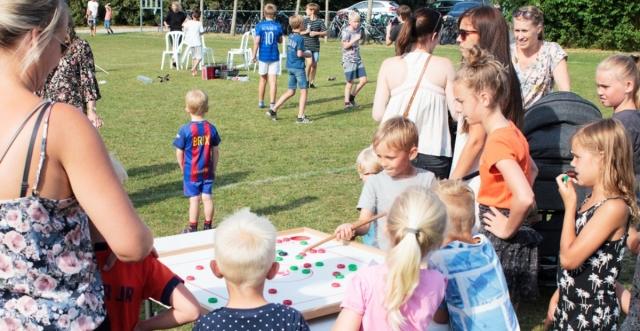 Glade borgere i alle aldre til Hornbæk byfest 2018